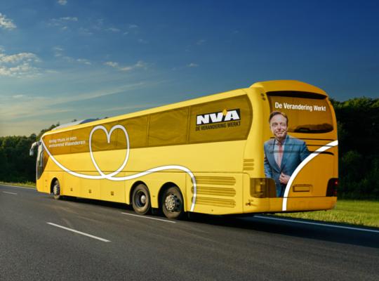 Bustour Mechelen met Bart De Wever