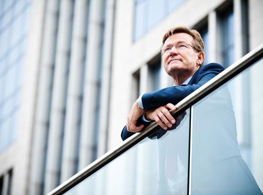 Johan Van Overtveldt wordt lijsttrekker
